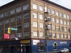 C&N Central Station Hostel