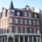Dover Castle Hostel and Bar