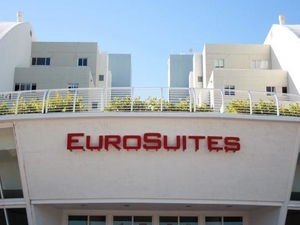 Eurosuites Hotel