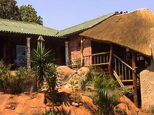 Hippo Hide Lodge and Backpackers