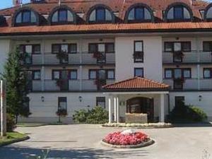 Hotel Kanu - Smlednik
