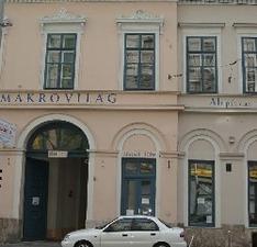 Hotel Makrovilag