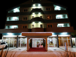 Kosta's Hotel