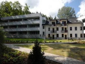 Murowanica Hotel
