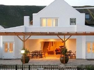 Nautilus Cottage