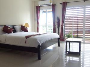 Phuket FLY Guesthouse