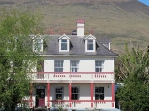 Staigue Fort House Bar & Bed & Breakfast