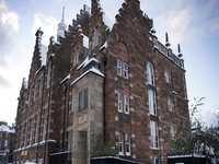 The Old Schoolhouse Hostel Apartments