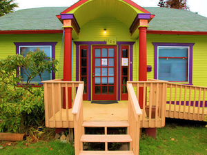 ToadLily House International Hostel