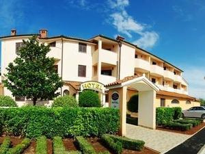 Villa Letan - Peroj