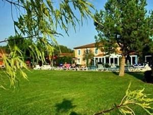 Best Western Le Domaine De La