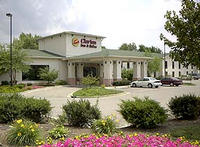 Clarion Inn And Suites Northwe