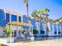Comfort Inn And Suites Hotel C