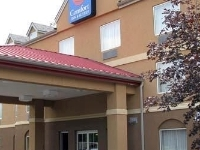 Comfort Inn And Suites Airport