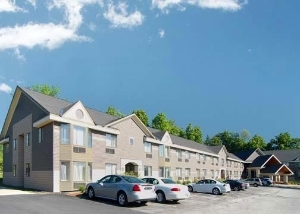 Comfort Inn And Suites At Mapl