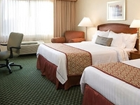 Courtyard Marriott Newark Sili