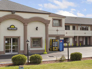 Days Inn Levittown Bristol