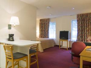 Homestead Studio Suites - Meadowlands - East Ruthe