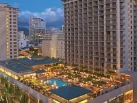 Embassy Suites Hotel - Waikiki Beach Walk