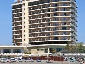 Hotel Puente Real