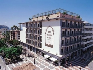 Reveron Plaza Hotel