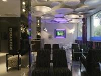 High Tech President Hotel