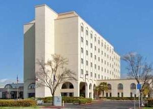 Hilton Newark Fremont