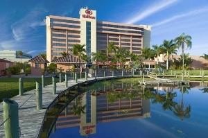 Hilton Palm Beach Airport