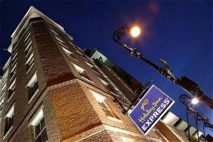 Holiday Inn Exp Historic Distr