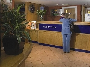 Holiday Inn Exp Waterfront