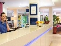 Holiday Inn Exp Glasgow Airpor