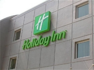 Holiday Inn Salerno Cava De Ti
