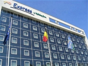 Express By Holiday Inn North