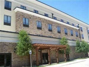 Holiday Inn Arlington Ne