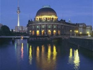 Holiday Inn Exp Berlin Cc