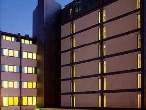 Holiday Inn Exp Lisbon Airport