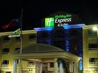 Holiday Express and Suites Space Center