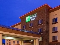 Holiday Express and Suites Winona