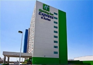Holiday Inn Exp Zona Apto