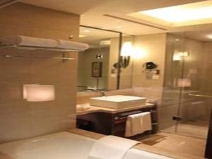Howard Johnson Hotel Chuansha