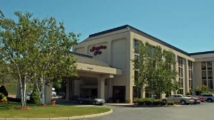 Hampton Inn Fall River Westprt