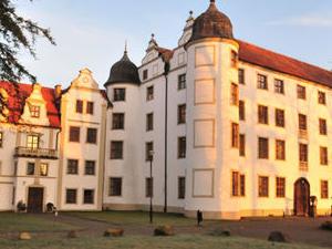 Hotel Podewils Krag Castle
