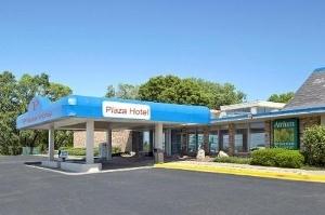 Freeport Plaza Hotel