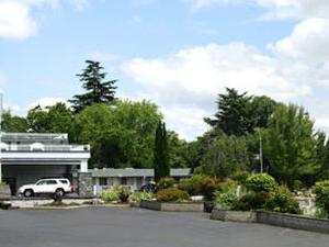 Medford Inn