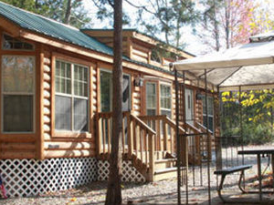 Laurel Pond Luxury Lodges