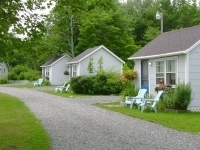 Isleview Motel And Cottages