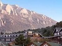 Marys Lake Lodge
