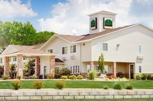 The Airport Inn And Suites
