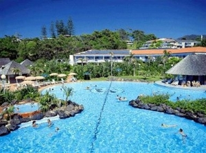 Pelican Beach Resort Australis