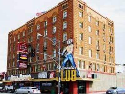 Hotel Nevada Exterior